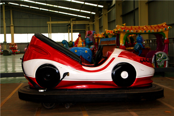 Rear Wheel Driven Bumper Car Rides for Sale